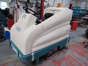 7200-ride-on-scrubber-dryer